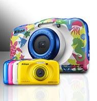 Le nouveau Nikon COOLPIX W100 convient pour nager ou plonger jusqu'à 10 m de profondeur.